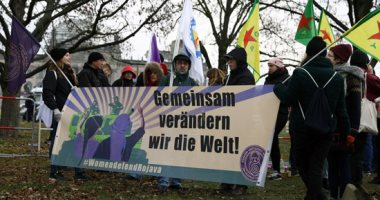 مظاهرات أمام مقر انعقاد قمة ليبيا فى برلين رفضا لمشاركة أردوغان