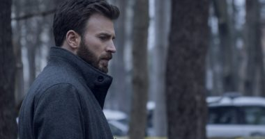 أول صورتين من مسلسل أبل الجديد Defending Jacob لـ كريس إيفانز  -