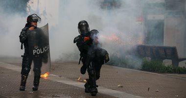 مواجهات عنيفة بين محتجين والشرطة فى كولومبيا