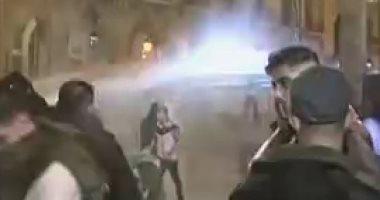 مواجهات بين محتجين وقوات الأمن وسط بيروت