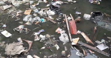 أهالى العوايد بالإسكندرية يستغيثون من غرق المنطقة بمياه الصرف الصحى