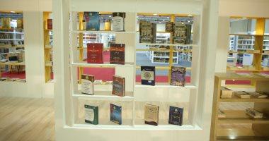 الأزهر يقدم مطبوعات بـ 14 لغة منها العبرى والفارسى فى جناحه بمعرض الكتاب