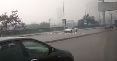 انتظام حركة المرور أعلى كوبري أكتوبر من التحرير حتى المهندسين.. فيديو