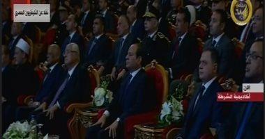 """صقور الداخلية للرئيس السيسى: """"اللى هيقرب من مصر هنشيله من على وش الأرض"""""""