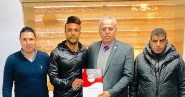 الإنتاج الحربى يعلن استعارة أحمد صابر من إنبى لنهاية الموسم