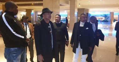 رئيس مازيمبى يصل القاهرة قبل مواجهة الزمالك لدعم اللاعبين