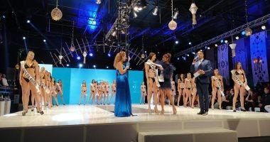 """عارضة الأزياء الإسبانية نيكول تفوز بلقب """"توب موديلز"""" فى الغردقة"""