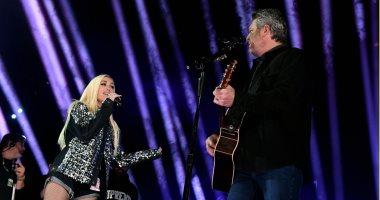Nobody But You تجمع جوين ستيفانى وبليك شيلتون على المسرح بحفل Grammy