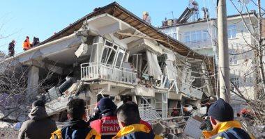 ارتفاع عدد ضحايا زلزال شرق تركيا إلى 31 قتيلا