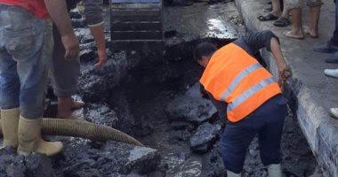 مياه القليوبية تصلح عطل تسبب فى غرق مسجد التوحيد بالخانكة