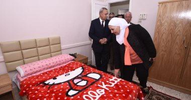 وزيرة التضامن تتفقد دار إيواء ضحايا الإتجار بالبشر ومجمع خدمات المرأة بطوخ