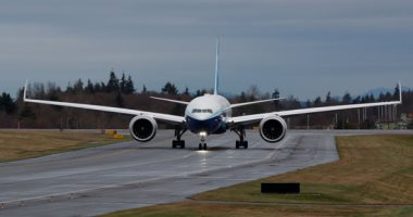 شاهد.. أول رحلة تجريبية لبوينج 777 إكس أكبر طائرة ركاب فى العالم