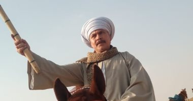 بالنبوت والعمة الصعيدى.. محمد رياض ينشر صورة من كواليس مسلسل بنت القبائل