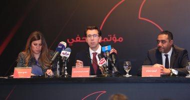 رئيس فودافون يكشف أسباب بيع حصة الشركة بمصر ..فيديو وصور