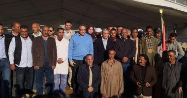 محافظ المنيا خلال الإعلان عن الكشف الأثرى: 100 ألف سائح زاروا المحافظة بـ2019