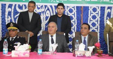 """محافظ قنا يشهد جلسة صلح القودة بين عائلتين """"النقيب الغنيمات"""" بقرية القناوية"""