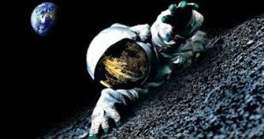 شنطة حريمى تائهة فى الفضاء.. فقدتها رائدة فضاء وموسكو تبحث عنها (فيديو)