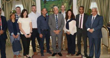محافظ جنوب سيناء يستقبل شركة إنجليزية تبدأ تسير 5 رحلات أسبوعيا لشرم الشيخ