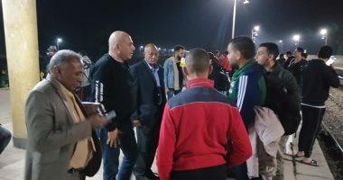 """صور.. رئيس مدينة الطود بالأقصر يودع الوفود الشبابية بعد رحلات """"إعرف بلدك"""""""