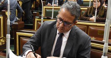 العنانى: تعديل قانون الآثار يمكننا من ملاحقة من يبيع آثار خارج مصر