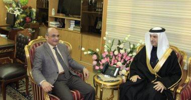 وزير العدل يلتقى سفير البحرين لبحث تعزيز التعاون القضائى بين البلدين