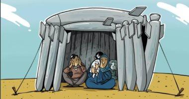 كاريكاتير صحيفة إماراتية.. نازحو الشمال السورى تحت القصف