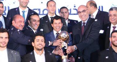اللجنة المنظمة لمونديال اليد تبحث آلية حضور الجماهير مع وزارة الرياضة