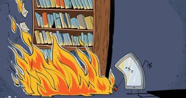 كاريكاتير صحيفة إماراتية.. الموبايل يدمر عادات القراءة