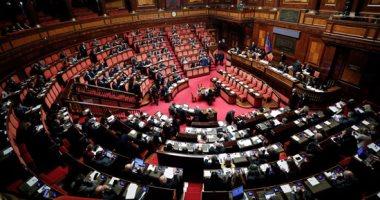 زعيم الديمقراطيين بمجلس الشيوخ يضغط لتوفير 8.5 مليار دولار لمقاومة كورونا