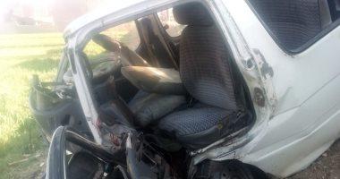 إصابة 10 أشخاص فى حادث تصادم بين سيارة ملاكى وميكروباص بسوهاج