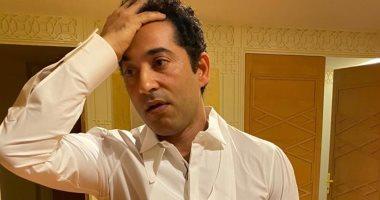 """""""نسى المحفظة فى البيت"""".. عمرو سعد يتعرض لموقف محرج أثناء شرائه ملابس"""