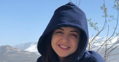منى فاروق تكشف عن حسابات مزيفة لها على السوشيال ميديا