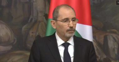 وصول وزير الخارجية الأردنى أيمن الصفدى إلى العاصمة اللبنانية بيروت