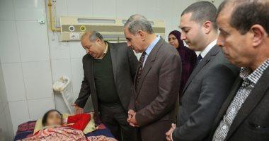 """محافظ كفر الشيخ يطمئن على """"هيام""""طالبة حادث التروسيكل وحبس المتهمين 15 يوماً"""
