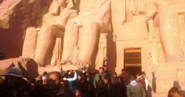 """صور.. بدء ظاهرة تعامد الشمس على """"قدس الأقداس"""" بمعبد أبوسمبل"""