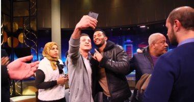 محمد رمضان ينشر فيديو من كواليس حلقته مع وائل الإبراشي