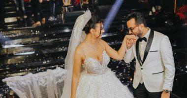 صور.. تامر حسنى وحماقى والعسيلى والليثى يحيون حفل زفاف يورا محمد