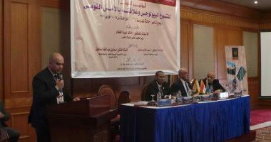 رئيس جامعة أسوان: بحيرة ناصر تمثل بعد إستراتيجي لسلة الغذاء فى مصر.. صور