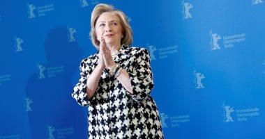 """هيلارى كلينتون تصف تعليمات دونالد ترامب بإبطاء اختبارات كورونا بـ""""الخيانة"""""""