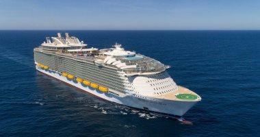 عروض فنية وألعاب مائية..جولة بالصور داخل أكبر سفينة سياحية فى العالم