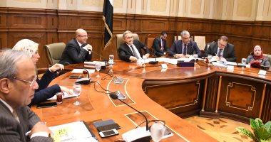 قانون الإدارة المحلية يلزم الحكومة بإصدار استراتيجية تنمية قدرات الكوادر