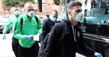 الانتر ضد لودوجوريتس.. الفريق البلغارى يصل إيطاليا بالكمامات خوفا من كورونا