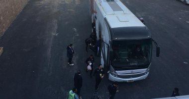 أوتوبيس الزمالك يصل إلي استاد القاهرة استعدادا لمواجهة الترجي.. فيديو وصور