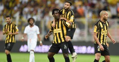 الاتحاد يدمر الشباب بخماسية فى الدوري السعودي.. فيديو