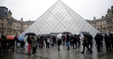 متحف اللوفر يستعد لفتح أبوابه مجددا والتزاحم على الموناليزا ممنوع