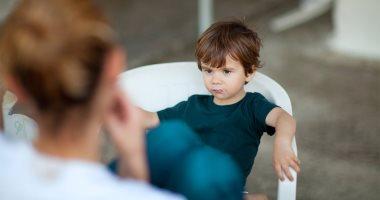 """""""أنا بحب بابا أكثر منك"""" إزاى تتصرفى صح لو سمعتى الجملة دى من ابنك؟"""