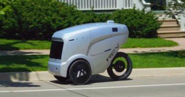 فيديو.. عربات ذاتية القيادة لتوصيل الطلبات فى أمريكا