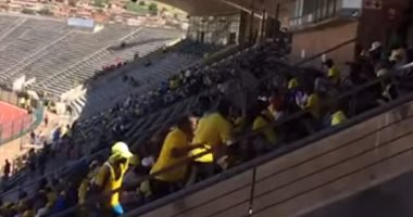 شاهد.. مدرجات ملعب لوكاس موريبي خاوية قبل انطلاق مباراة الأهلي وصن داونز