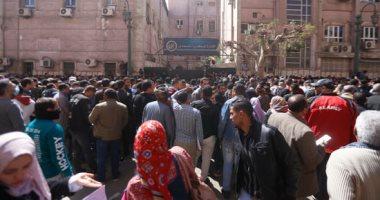 إقبال المواطنين على معامل الصحة لاستخراج شهادات PCR كورونا للسفر إلى السعودية