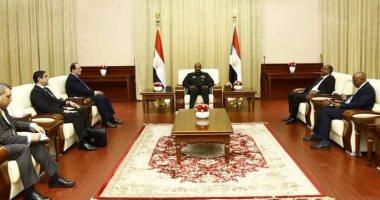 رئيس المخابرات ينقل للبرهان تحيات السيسي وتضامن مصر  مع السودان ضد الإرهاب